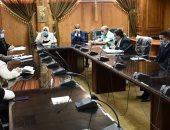 رئيس جامعة القناة تؤكد على ضرورة الالتزام بالإجراءات الاحترازية
