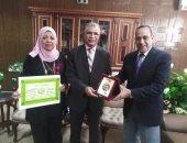 محافظة شمال سيناء تكرم وكيل التربية والتعليم بمناسبة إحالته إلى المعاش