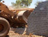 إزالة 36 حالة تعدى على الأراضى الزراعية وأملاك الدولة خلال 7 أيام بسوهاج