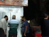 غلق وتشميع محلات مخالفة لقرارات الحكومة ببنى سويف.. صور