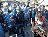 اشتباك بين متظاهرين والشرطة أثناء زيارة زعيم حزب يمينى متطرف لقرية إيطالية