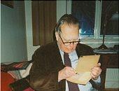 غاوى تعليم.. تشيسلاف لم يحب أموال عائلته من أجل القراءة والمطالعة فحصد نوبل