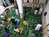 الأوقاف: استمرار أعمال تعقيم وتطهير المساجد فى المحافظات.. صور