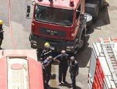 الدفع بـ15 سيارة إطفاء لإخماد حريق ماسورة بترول بطريق الإسماعيلية الصحراوى