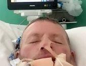 رجل يعود لمنزله متعافيا بعد 6 أسابيع فى الغيبوبة وصراع مع كورونا