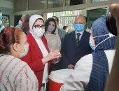 محافظ القاهرة ووزيرة الصحة يشهدان استكمال حملة تطعيم شلل الاطفال العضلى