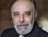 أمين عام المجلس الأعلى للثقافة يهدى مقتنيات والده محمود عزمى للمركز القومى للمسرح