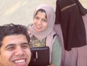 عمر كمال يشارك متابعيه بصورة لوالدته وشقيقته ويعلق: مليش غيرهم فى الدنيا