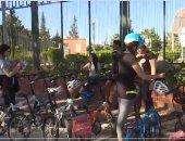 فتيات تونس يرفضن التمييز بين الجنسين بركوب الدراجات الهوائية.. فيديو