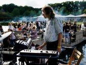 """لأول مرة بعد العزل .. مهرجان للموسيقى في بلجيكا يختار جمهوره بـ""""القرعة"""" والحضور بقوارب"""