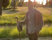 شاهد ديفيد بيكهام وسط مزرعته من تصوير زوجته فكتوريا