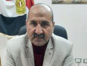 رئيس مدينة بلبيس بالشرقية يجازى عامل نظافة ألقى مخلفات على طريق الرشاح