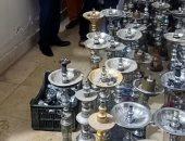 صور.. تشميع كافيهات تقدم الشيشة ومطاعم مخالفة بالنزهة شرق القاهرة