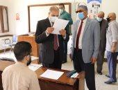 رئيس جامعة الأزهر يتفقد لجان امتحانات الفرق النهائية ويشيد بالإجراءات الوقائية