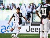 رجل أعمال تونسي يقترب من شراء نادي مارسيليا الفرنسي ويخطط لضم زيدان ورونالدو