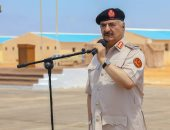 الجيش الليبى يحتجز جرافتين إيطاليتين دخلتا المياه الإقليمية الليبية