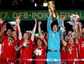 شاهد.. مراسم تتويج بايرن ميونخ بلقب كأس ألمانيا هذا الموسم