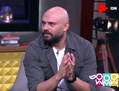 """تعمل لو لو مراتك سألت """"أنا تخنت؟"""".. أحمد صلاح حسنى يكشف الرد المناسب"""