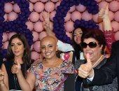 صور نادرة للفنانة رجاء الجداوى خلال مشاركتها بمؤتمرات عالمية لدعم مرضى السرطان