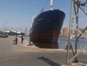 تفريغ 3718 طن حديد وتداول 30 سفينة بموانئ بورسعيد