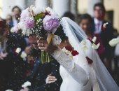 الرقص ممنوع بحفلات الزفاف فى بلجيكا رغم إلغاء الإغلاق