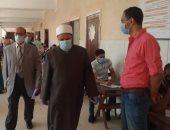 نائب رئيس جامعة الأزهر للوجه البحرى يتفقد لجان امتحانات كليات طنطا