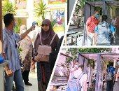 توافد طلاب الثانوية على لجان امتحانات الكيمياء والجغرافيا بمصر الجديدة