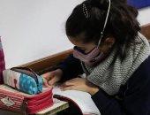 الطلاب المتقدمون لمدارس المتفوفين يواصلون أداء اختبارات القبول إلكترونيا