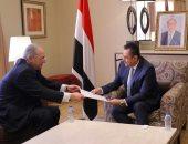 رئيس الوزراء يدعو نظيره اليمنى لزيارة رسمية لمصر