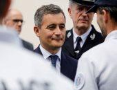 وزير داخلية فرنسا مدافعا عن عاريات الصدر: الحرية من القيم العظيمة