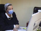 وزيرة البيئة ومحافظ الفيوم يبحثان استخراج الأملاح من بحيرة قارون