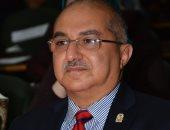 رئيس جامعة أسيوط يجدد ثقته بوكيلى طب الأسنان ويعين اثنين من رؤساء الأقسام