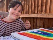 مرض نادر يصيب طفل أمريكى يفقده النطق والحركة فى ثوانٍ معدودة