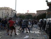 كر وفر بين الشرطة والمتظاهرين فى صربيا بسبب قيود كورونا لليوم الثانى