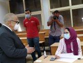 """""""الخشت"""" يوجه عميد هندسة القاهرة بمنح طلاب السنوات النهائية وقت إضافى للامتحان"""