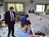 صور .. رئيس جامعة بنى سويف يتفقد لجان امتحانات السنوات النهائية بالكليات