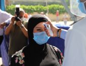 رئيس جامعة عين شمس يتفقد سير الامتحانات بكليات الطب والحقوق والأسنان.. صور