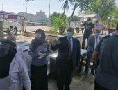رئيس جامعة المنيا: مظلة خارج كلية الهندسة لوقاية الطلاب من الشمس