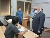 رئيس جامعة القاهرة: لم نرصد أى مشكلات فى امتحانات الفرق النهائية.. صور