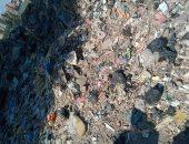 صورة ..شكوى اهل قرية سندبسط بالغربية من انتشار القمامىة بالقرية