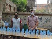 شباب كفر عمار بالعياط يطلقون مبادرة لتوزيع المياه المعدنية على طلاب الثانوية