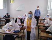 محافظ الشرقية يتابع سير امتحانات الثانوية.. وإجراءات وقائية باللجان (صور)