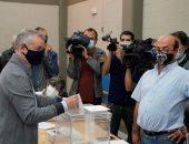"""فى أول اقتراع منذ قيود كورونا.. الإسبان يرفعون شعار """"السلامة أولا"""""""