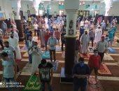 قارئ يشارك بصورة لالتزام المصلين بالتباعد فى مسجد الرحمة بدمياط