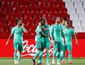 أهداف الإثنين.. ريال مدريد يواصل الإنتصارات وسقوط مانشستر يونايتد
