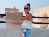 فيديو.. فتاة ترقص بملابس مكشوفة داخل مسجد قطرى.. شاهد ماذا حدث؟