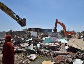 """حملة لإزالة العشوائيات بمحيط منفذ النصر استعدادًا لمرور سيارات الشاحنات """"صور"""""""