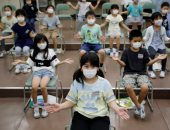 صور..اليابان تفرض تدابير احترازية صارمة داخل المدارس خوفا من عودة كورونا