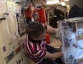 رائد فضاء روسى يطور غضروفًا هندسيا على متن محطة الفضاء (صور)
