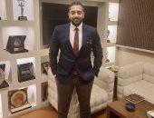 احمد فلوكس يستعين بفيديو قديم لـ مكى: ابعدوا الناس عن حياتكم علشان هاتتوجعوا